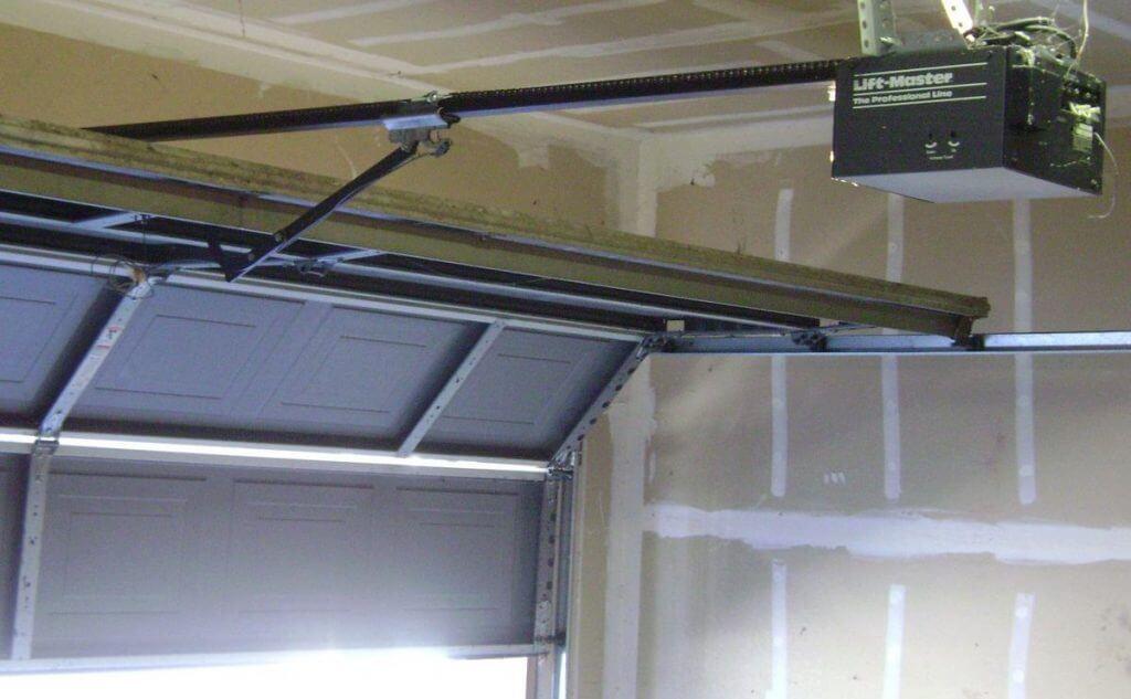 Nashville garage door opener